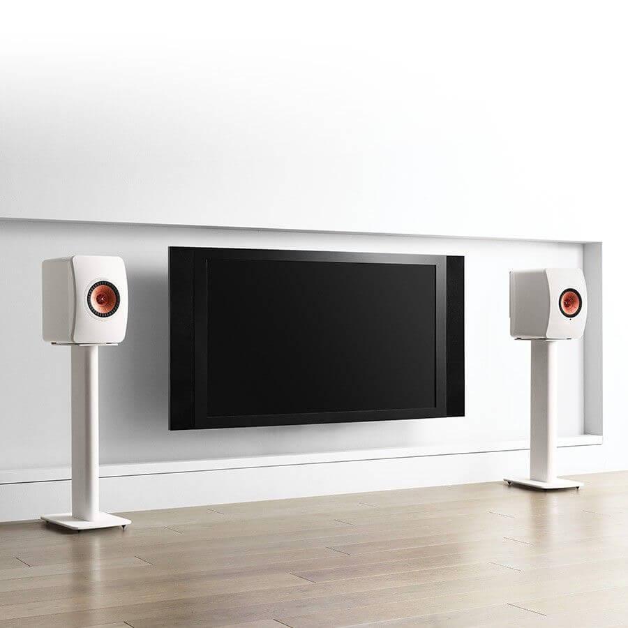 900x900 kef performance speaker stand lifestyle2 compressor - スピーカースタンドのおすすめ5選(本当に音が良いスタンド)
