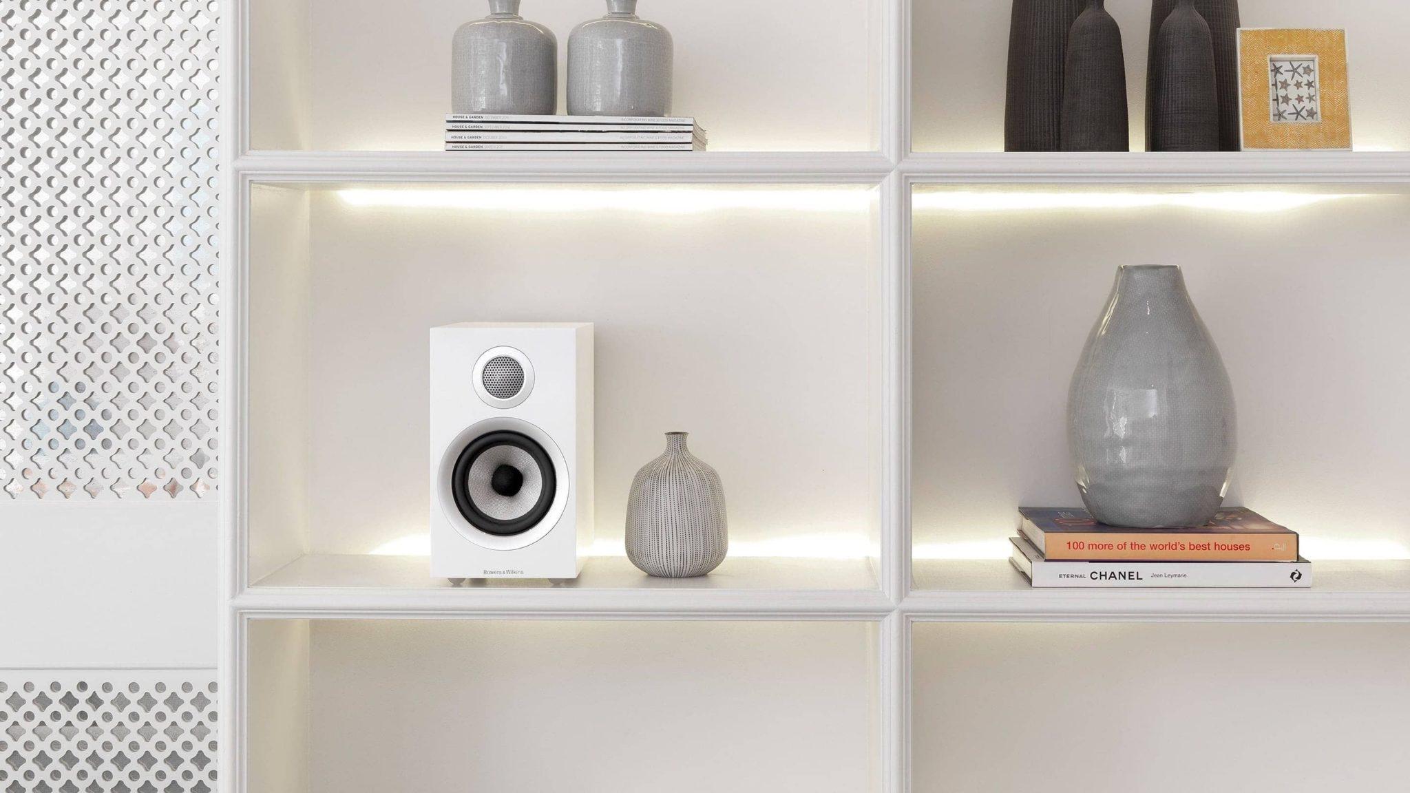 4 2 d 707 s2 700 series 2 speaker white on bookshelf compressor - 【スピーカーのおすすめ15選】元オーディオショップ店員がセレクト