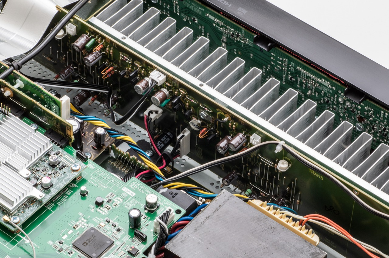 NR1200 BK Power Amplifier 1 - MARANTZ(マランツ) NR1200試聴レビュー HDMI搭載ステレオプリメインアンプ【10万円以下】