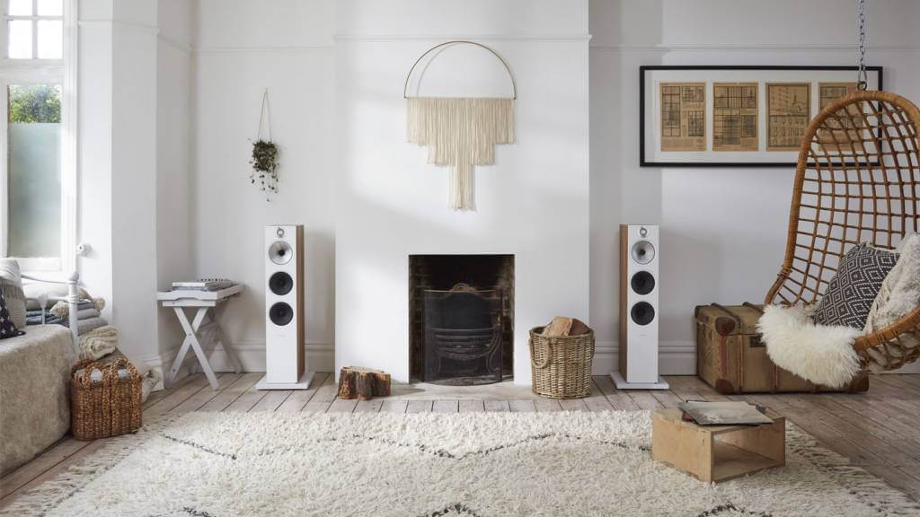 G 35 603 oak Living Room front on shot1 2 1 - B&W(Bowers & Wilkins)トールボーイスピーカー603s2 Anniversary Edition試聴レビュー【20万円台】